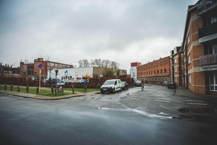 Op de hoek van de Bargiekaai en de Guldenvliesstraat plannen de KU Leuven, Odisee en LUCA School of Arts de bouw van een nieuwe campus.
