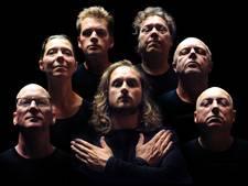Queen-tributeband Crazy Little Things verkoopt Gebouw-T maand van tevoren uit