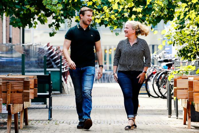 Het verhaal van Tom van den Nieuwenhuijzen bracht Dorien Bos ertoe om toch maar door de dokter te gaan. Ze bleken allebei een melanoom te hebben.