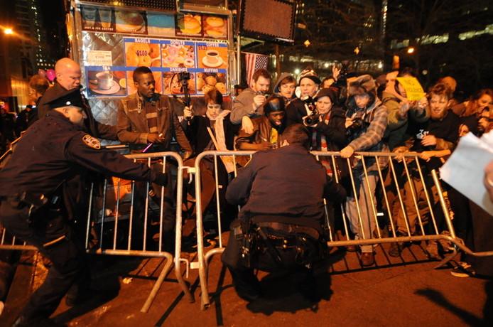 Schermutselingen tussen Occupy'ers en de politie in New York, afgelopen zaterdag.