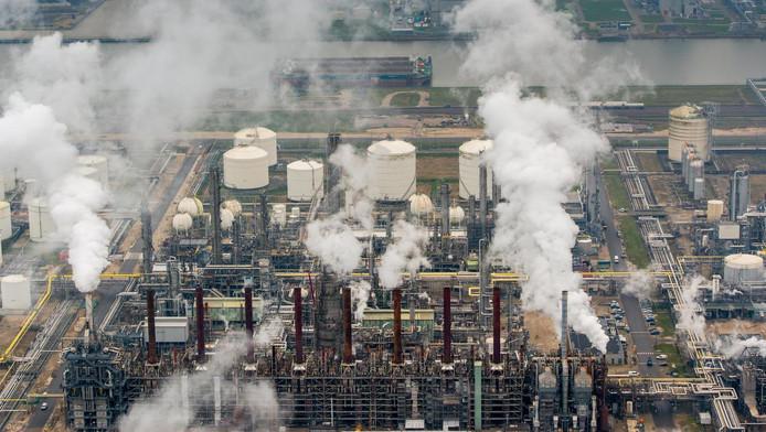 Milieudefensie heeft de Staat voor de rechter geroepen vanwege de luchtverontreiniging.