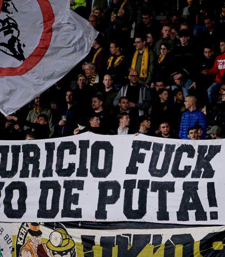 Woedende Roda JC-fans jagen geldschieter stadion uit