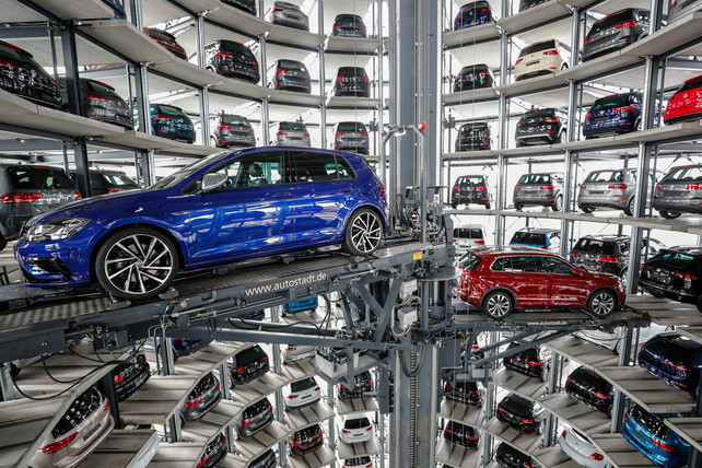 Boek Der Spiegels : Der spiegel: duitse automakers vormen al meer dan twintig jaar