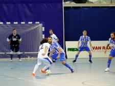 Zaalvoetballers FC Eindhoven blijven zweven tussen hoop en vrees