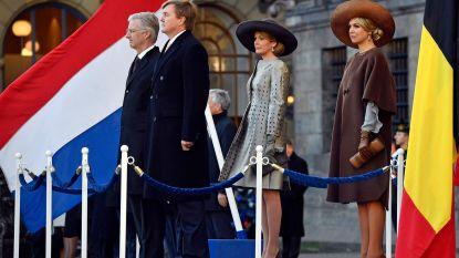 Nederlandse koning luidt belboei voor 75 jaar vrijheid in aanwezigheid van Belgisch koningspaar