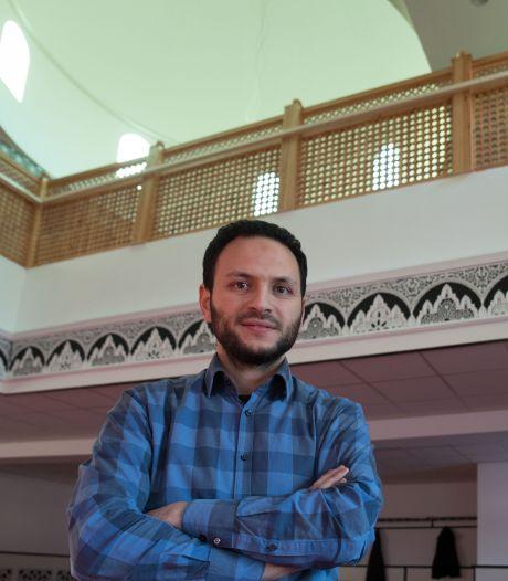 Moskeebestuurder Emmeloord: 'De samenleving wordt harder, dat is echt verontrustend'