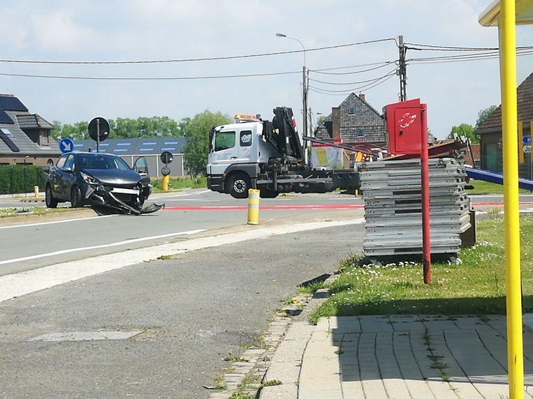 Op het kruispunt van De Kippe kwam het zaterdagmiddag alweer tot een ongeval.