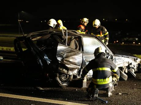 Twee gewonden bij ongeval A59 bij Terheijden, snelweg is weer open