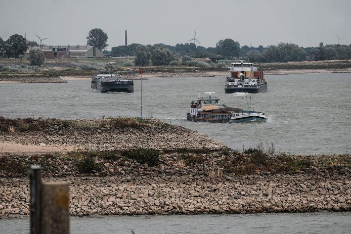 De Rijn bij Lobith, waar de rivier vanuit Duitsland Nederland binnen komt.