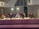 Er werd ook gelachen tijdens de vergadering, vlnr: Liselotte Franssen, Cees Pelkmans, Henk Gabriëls, Christel van Neerven en Mark van Oosterwijk.