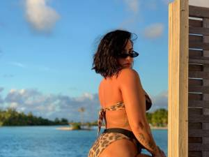 Demi Lovato affiche sa cellulite pour faire passer un message fort