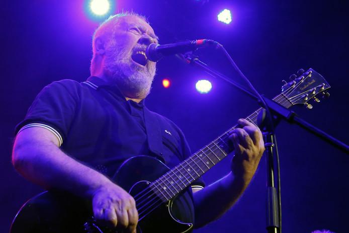 Pete Shelley tijdens een optreden met de Buzzcocks in Mexico, in mei 2018.
