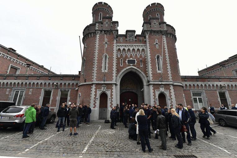 Cipiers voeren actie voor de gevangenis van Leuven.