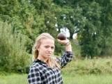 Het Materiaal: De kogel van Lara Baars blijft op gewicht met staalballetjes