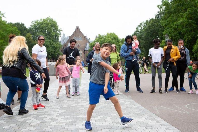 Dans en muziek workshop door De Kids van Amsterdam Oost Beeld geen credit