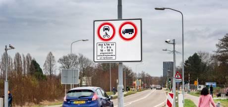 Deel Griftdijk dicht voor auto's
