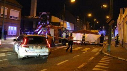 Vrouw kilometer meegesleurd door truck, chauffeur wordt opgespoord