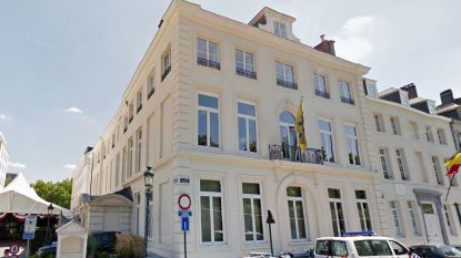 Bourgeois verdedigt renteloze lening van 800.000 euro aan 'rijkemansclub' De Warande