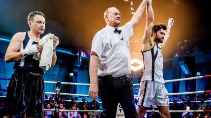 """Coach verbijsterd na bizarre bokskamp in 'Boxing Stars': """"Faroek blies op voorhand te hoog van de toren"""""""