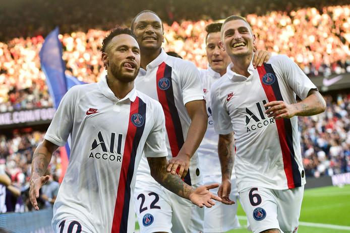 Neymar maakte zaterdag met een omhaal de winnende goal voor PSG.