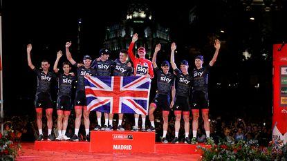 Vuelta 2018 start met avondtijdrit in Malaga