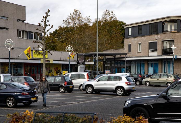 supermarkten Albert Heijn en Nettorama in Centrum van Geldrop