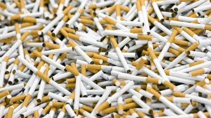 Bende die recordaantal sigaretten smokkelt, moet 159 miljoen euro boete betalen