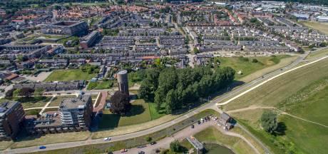 Buurtbewoners Tiel woest om bouwplannen: 'Als de torens komen, zijn we het laatste beetje groen kwijt'