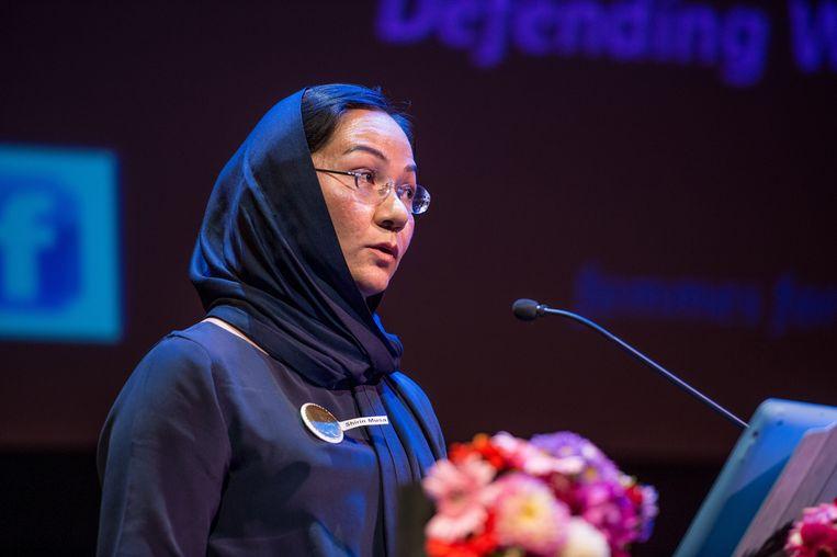 Shirin Musa spreekt tijdens de bekendmaking van de Opzij Top-100 machtige vrouwen van Nederland in 2013. Beeld anp