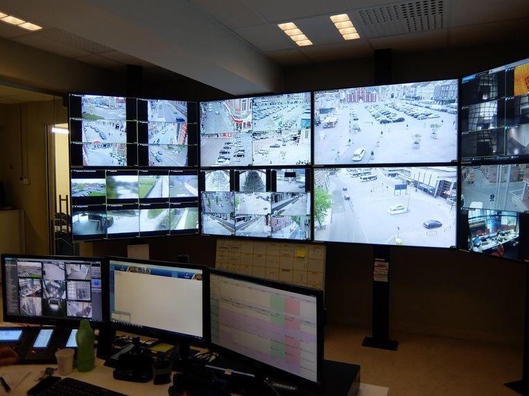 """""""In totaal zijn er nu 61 camera's actief op het grondgebied van Sint-Truiden"""", zegt burgemeester Veerle Heeren (CD&V)"""