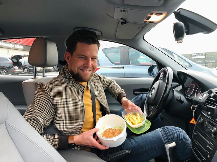 Door de McDonald's met je eigen bakjes? Het kan!