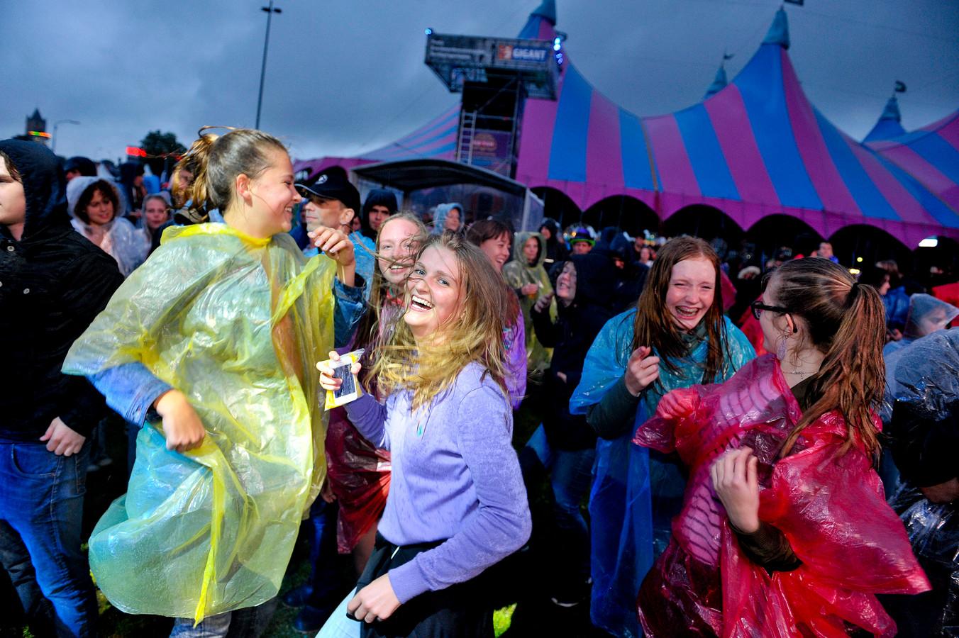 Regen of geen regen, het publiek vermaakt zich.