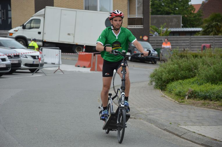 Gerrie met de Elliptigo tijdens het wielerweekend in Iddergem.