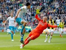 Scheur in bot Pasveer; keeper Vitesse uitgeschakeld