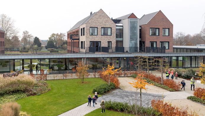 Ook het gebied achter verpleeghuis Sint-Barbara in Wijbosch is in beeld voor b'Ons Thuis, een wooncomplex voor senioren.