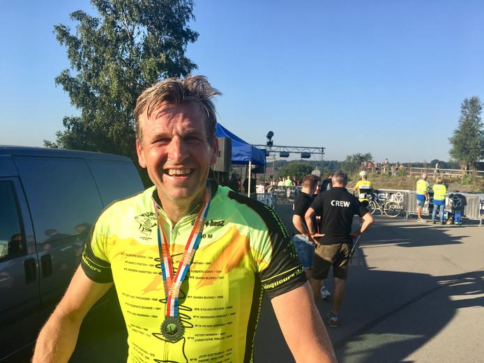 Toine Hulshof nadat hij met succes heeft deelgenomen aan de Time Trial op de Posbank.