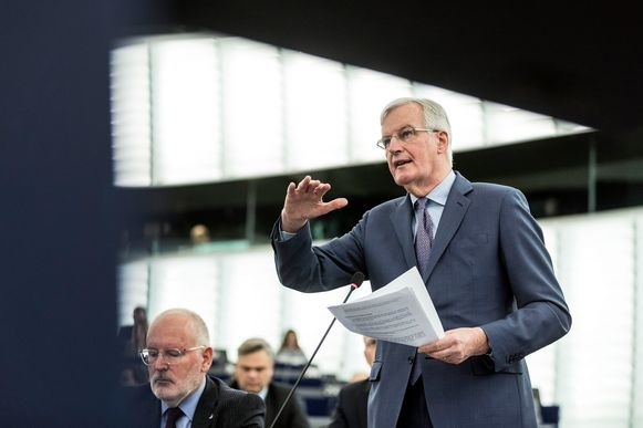 Michel Barnier vanmiddag in het Europese parlement.