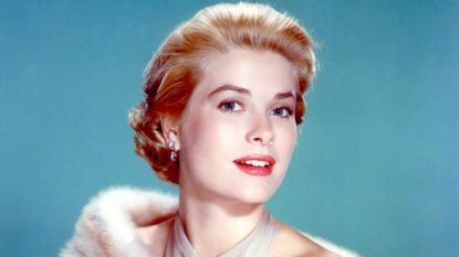 Dior stelt garderobe Grace Kelly tentoon