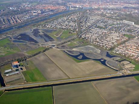 Nieuwe wijk Essenvelt vanuit de lucht: nog geen huizen, wel veel waterpartijen