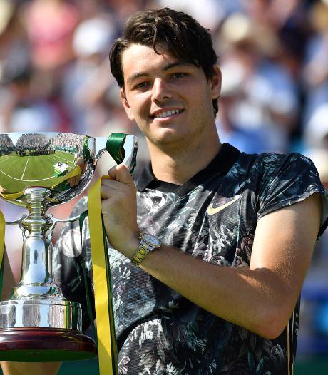 'Tennisnobody' steunt voedselbank met gigabedrag na 'toernooizege'
