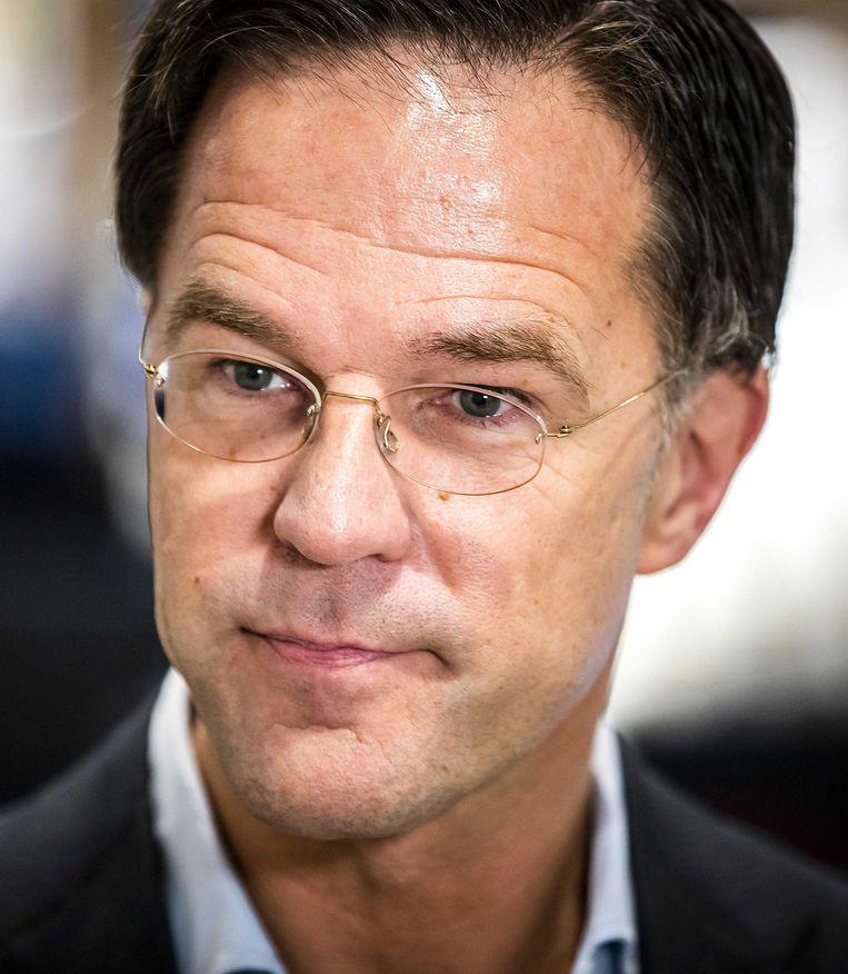 Premier Rutte deed er goed aan om te erkennen dat we 100 procent besluiten moeten nemen op grond van 50 procent kennis. Beeld ANP