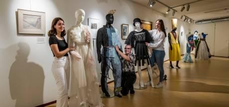 Leren kunst kijken maakt van Waerdenborchleerling ware haute couturier