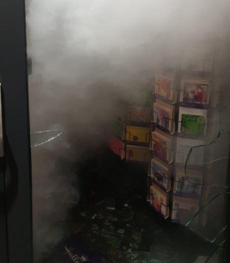 Ruiten eruit, schrik erin: 25-jarige man vast na meerdere inbraken in Deventer winkels