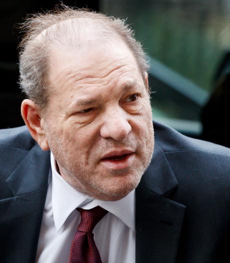 Voormalig assistente Weinstein klapt uit de school