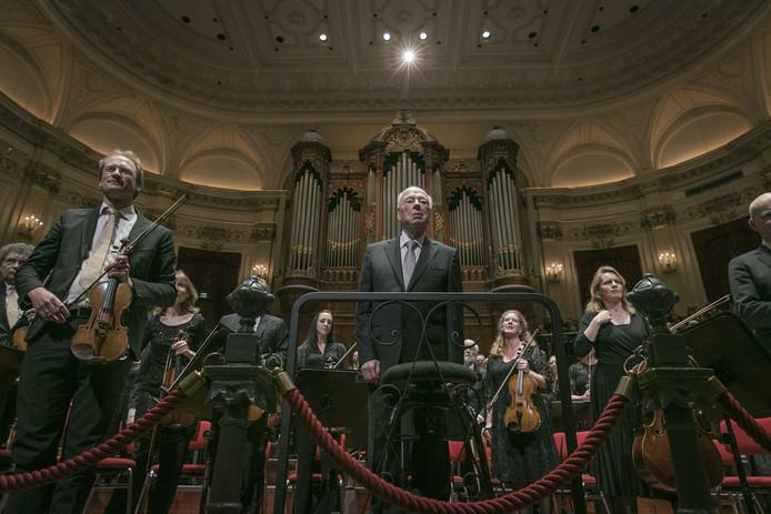 Dirigent Bernard Haitink na zijn laatste concert in Nederland in Concertgebouw Amsterdam, afgelopen juni.