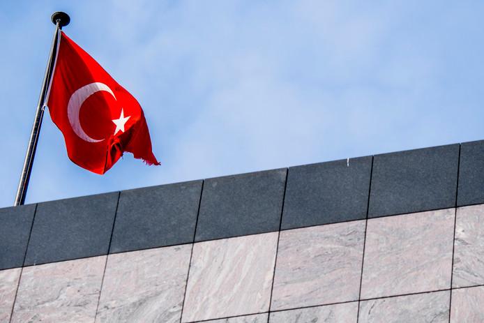 Het Turkse consulaat in Rotterdam .