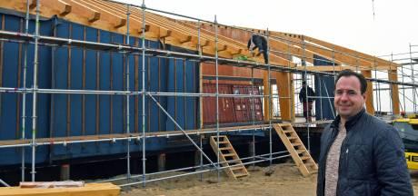 Strandpaviljoen De Zeemeeuw sluit de rij van nieuwbouw aan de West-Zeeuws-Vlaamse kust
