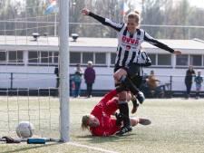 Kampioen Eldenia boekt monsterscore; vier doelpunten topscorer Van den Nieuwenhof