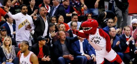 Deux blessés après des tirs pendant la célébration des Raptors pour leur titre en NBA
