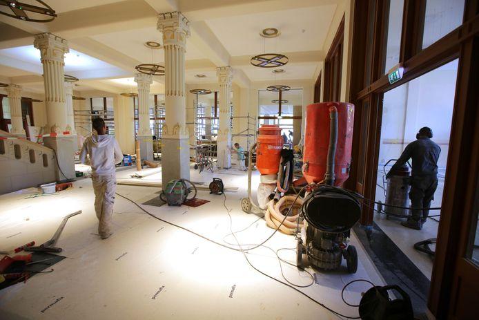 De Vereeniging tijdens de restauratie en verbouwing.